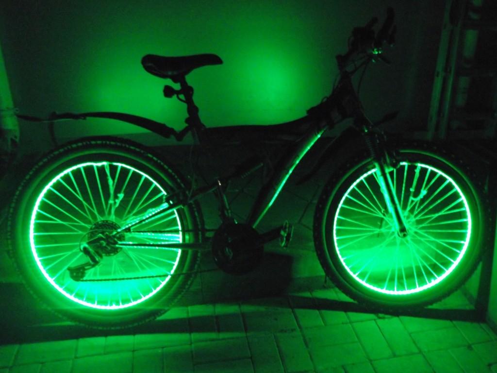 Как сделать подсветку на колеса для велосипеда 866